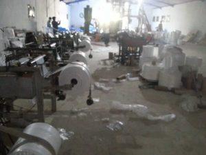 production informelle sacs plastiques